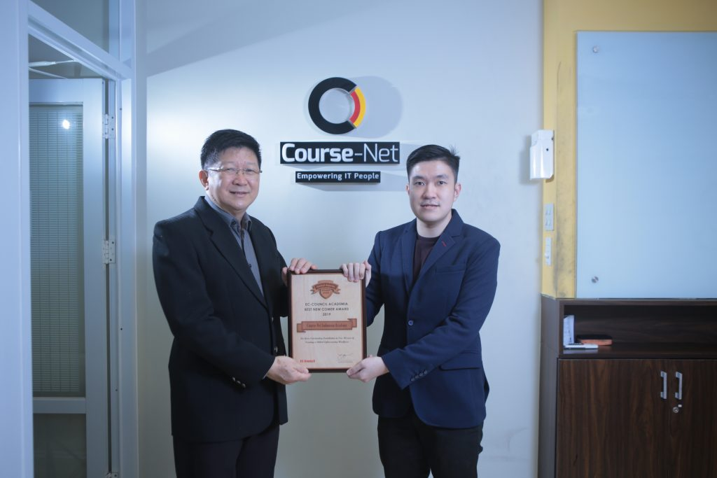 Kursus Jaringan Komputer bisa di Course-Net Indonesia