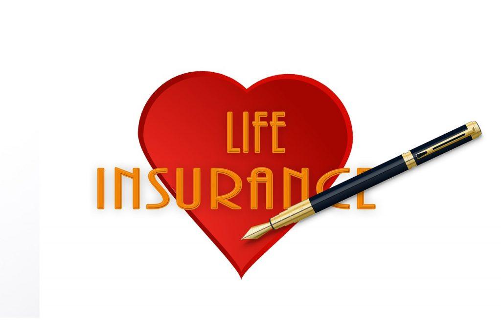 menggunakan produk asuransi