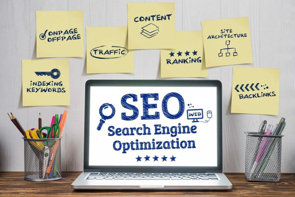 SEO (Search Engine Optimization) menjadi salah satu tools yang digunakan dalam pengelolaan pemasaran digital